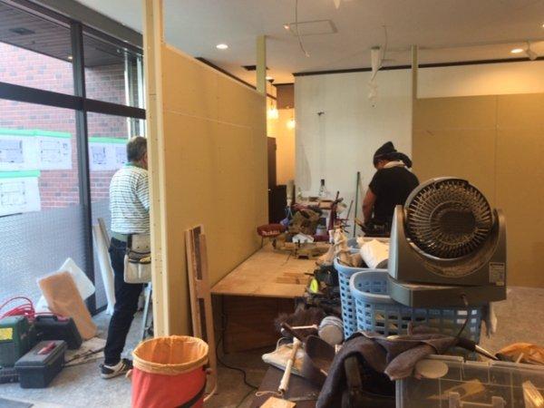 豊島区池袋駅前 開業支援内装工事の様子!