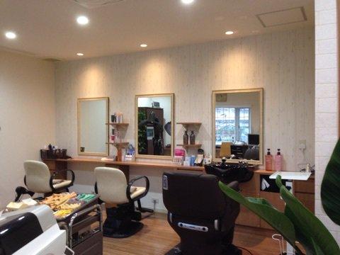 カントリー風の美容室への店舗改装もお任せ下さい!