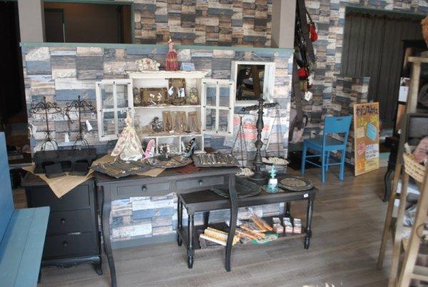 雑貨屋風の美容室への店舗改装もお任せ下さい!