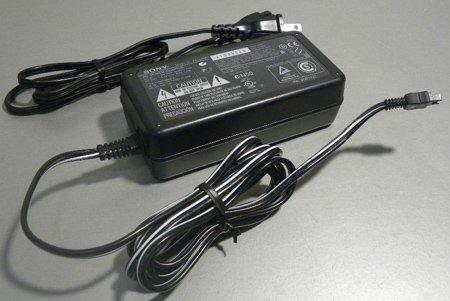 SONY 8.4V1.5A  AC-L20A■3206
