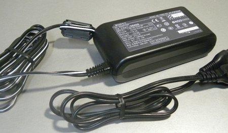 Sony 7.6V3A AC-PW10AM■3265