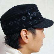 ネイティブ刺繍のワークキャップ