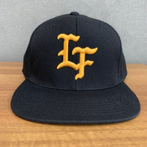 【即お届け】【LIVE FIT】【LVFT】Flagship Snapback(Black/Gold)<img class='new_mark_img2' src='//img.shop-pro.jp/img/new/icons7.gif' style='border:none;display:inline;margin:0px;padding:0px;width:auto;' />