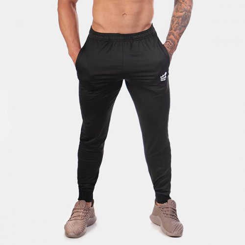 【即お届け】【JED NORTH】Matrix Tapered Joggers (BLACK)<img class='new_mark_img2' src='//img.shop-pro.jp/img/new/icons7.gif' style='border:none;display:inline;margin:0px;padding:0px;width:auto;' />