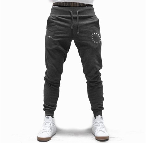 【即お届け】【LVFT】【LIVE FIT】Athlete Joggers(Charcoal / White)<img class='new_mark_img2' src='https://img.shop-pro.jp/img/new/icons7.gif' style='border:none;display:inline;margin:0px;padding:0px;width:auto;' />