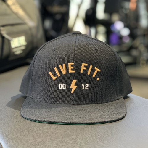 【即お届け】【LIVE FIT】【LVFT】Bolt Snapback(Black)<img class='new_mark_img2' src='https://img.shop-pro.jp/img/new/icons7.gif' style='border:none;display:inline;margin:0px;padding:0px;width:auto;' />