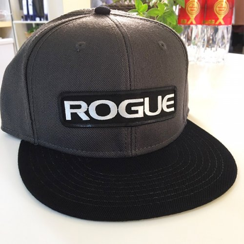 【即お届け】【ROGUE】ROGUE SNAPBACK PATCH HAT(Gray)<img class='new_mark_img2' src='//img.shop-pro.jp/img/new/icons7.gif' style='border:none;display:inline;margin:0px;padding:0px;width:auto;' />