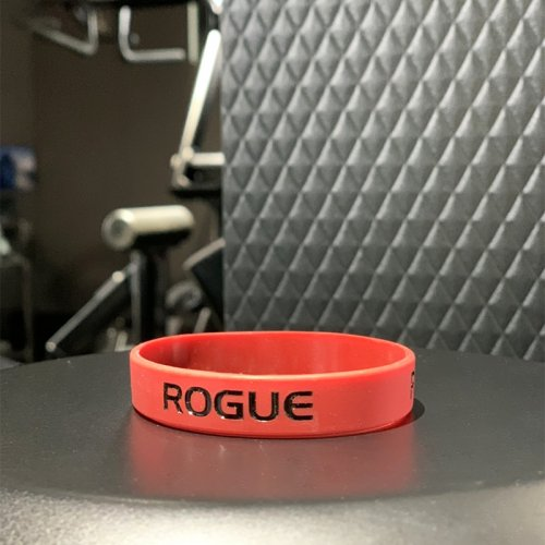 【即お届け】【ROGUE】ROGUE SILICONE BRACELET(RED/BLACK)<img class='new_mark_img2' src='//img.shop-pro.jp/img/new/icons7.gif' style='border:none;display:inline;margin:0px;padding:0px;width:auto;' />