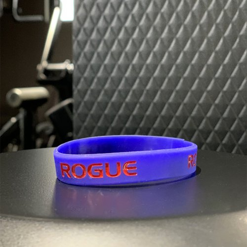 【即お届け】【ROGUE】ROGUE SILICONE BRACELET(BLUE/RED)<img class='new_mark_img2' src='//img.shop-pro.jp/img/new/icons7.gif' style='border:none;display:inline;margin:0px;padding:0px;width:auto;' />