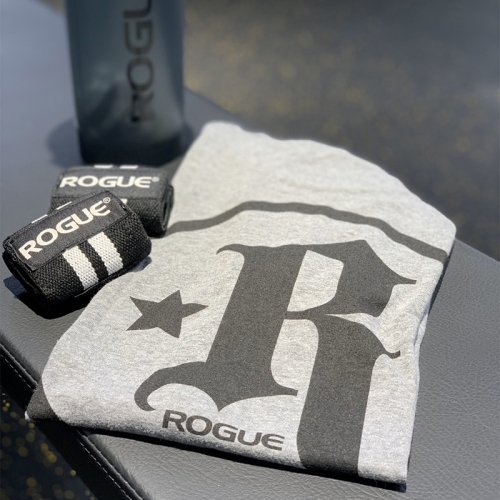 【即お届け】【ROGUE】RICH FRONING R* SHIRT(Gray)<img class='new_mark_img2' src='//img.shop-pro.jp/img/new/icons7.gif' style='border:none;display:inline;margin:0px;padding:0px;width:auto;' />