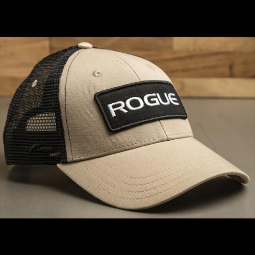 【即お届け】【ROGUE】ROGUE PATCH TRUCKER HAT(Tan / Black)<img class='new_mark_img2' src='//img.shop-pro.jp/img/new/icons7.gif' style='border:none;display:inline;margin:0px;padding:0px;width:auto;' />
