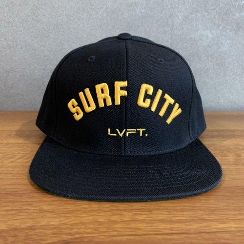 【即お届け】【LIVE FIT】【LVFT】Surf City Snapback(Black/Yellow)<img class='new_mark_img2' src='https://img.shop-pro.jp/img/new/icons7.gif' style='border:none;display:inline;margin:0px;padding:0px;width:auto;' />