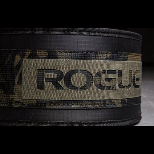 【即お届け】【ROGUE】ROGUE USA NYLON LIFTING BELT(Camo)<img class='new_mark_img2' src='https://img.shop-pro.jp/img/new/icons7.gif' style='border:none;display:inline;margin:0px;padding:0px;width:auto;' />