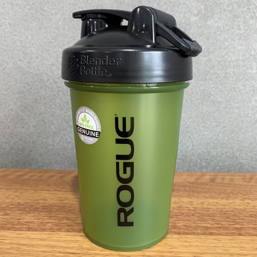 【即お届け】【ROGUE】ROGUE BLENDERBOTTLE® CLASSIC™(GREEN/20oz)<img class='new_mark_img2' src='https://img.shop-pro.jp/img/new/icons7.gif' style='border:none;display:inline;margin:0px;padding:0px;width:auto;' />