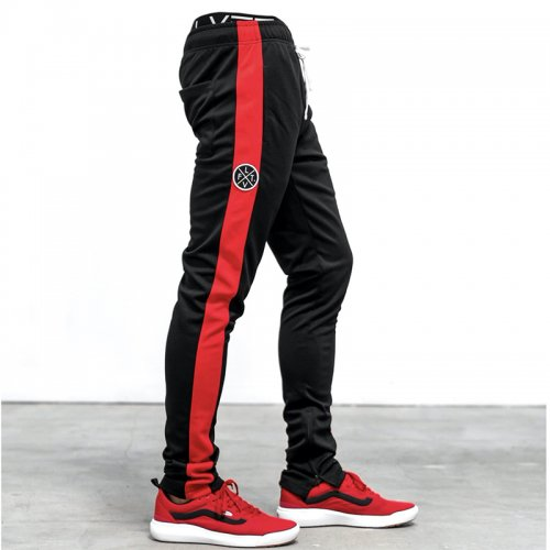 【即お届け】【LVFT】【LIVE FIT】SLIM TRACKIES (BLACK/ RED STRIPE )<img class='new_mark_img2' src='https://img.shop-pro.jp/img/new/icons7.gif' style='border:none;display:inline;margin:0px;padding:0px;width:auto;' />