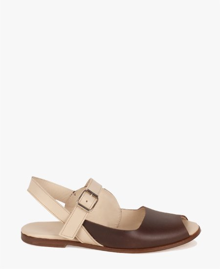 <img class='new_mark_img1' src='//img.shop-pro.jp/img/new/icons2.gif' style='border:none;display:inline;margin:0px;padding:0px;width:auto;' />Deux Souliers - Sandal #1 Brown & Beige オーバーラップストラップオープントゥフラットサンダル (ブラウン&ベージュ)