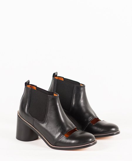 <img class='new_mark_img1' src='//img.shop-pro.jp/img/new/icons2.gif' style='border:none;display:inline;margin:0px;padding:0px;width:auto;' />Deux Souliers - Chelsea Bootie #1 Black サイドゴア・チャンキーヒール・ブーティ (ブラック)