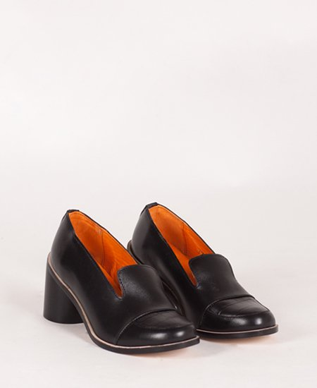 <img class='new_mark_img1' src='//img.shop-pro.jp/img/new/icons2.gif' style='border:none;display:inline;margin:0px;padding:0px;width:auto;' />Deux Souliers - Loafer Heel #2 Black チャンキーヒール・ローファー (ブラック)
