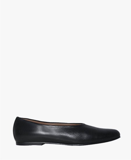 <img class='new_mark_img1' src='//img.shop-pro.jp/img/new/icons2.gif' style='border:none;display:inline;margin:0px;padding:0px;width:auto;' />Deux Souliers - Tender Slipper #1 レザースリッポン (ブラック)